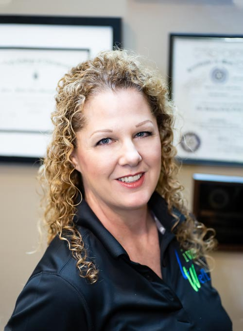 Chiropractor Bettendorf IA Dr. Julie Meyers